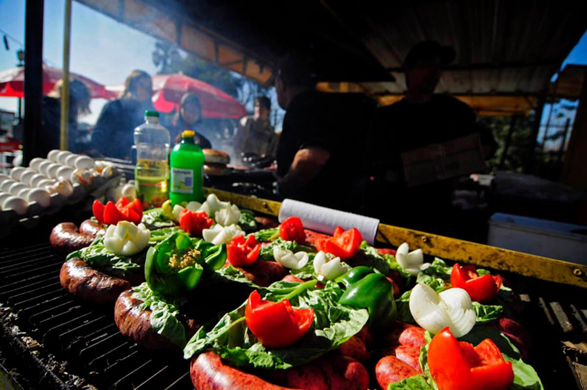 Argentina grill food-
